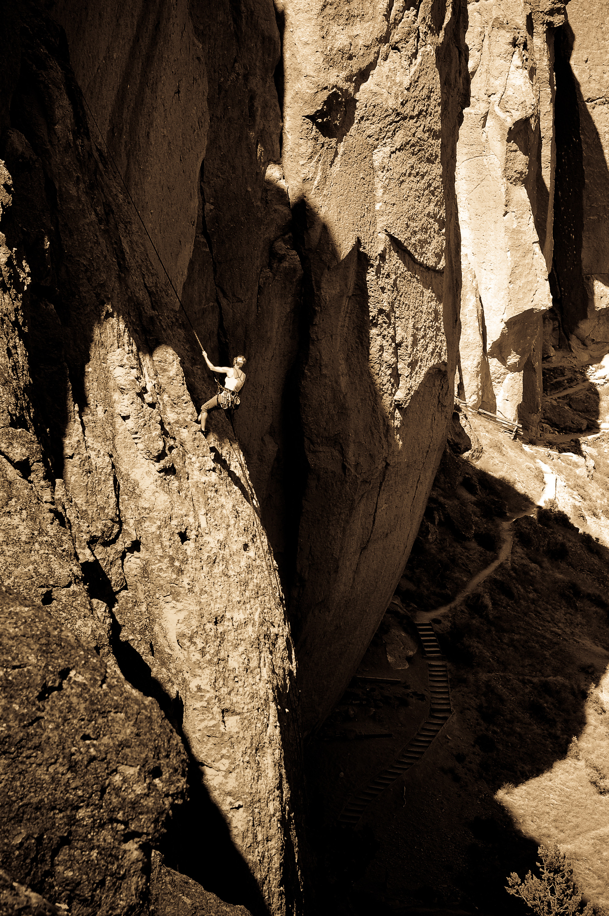 Climber rappelling Jete, Smith Rock, OR