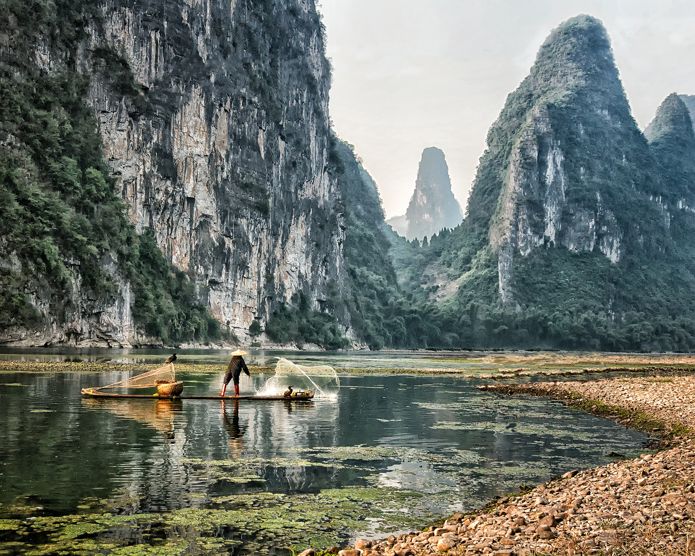 Fishing at Li River