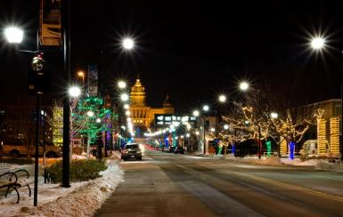 Downtown Des Moines Christmas Theme Street