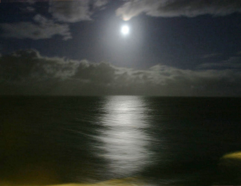Hawaiian Moon