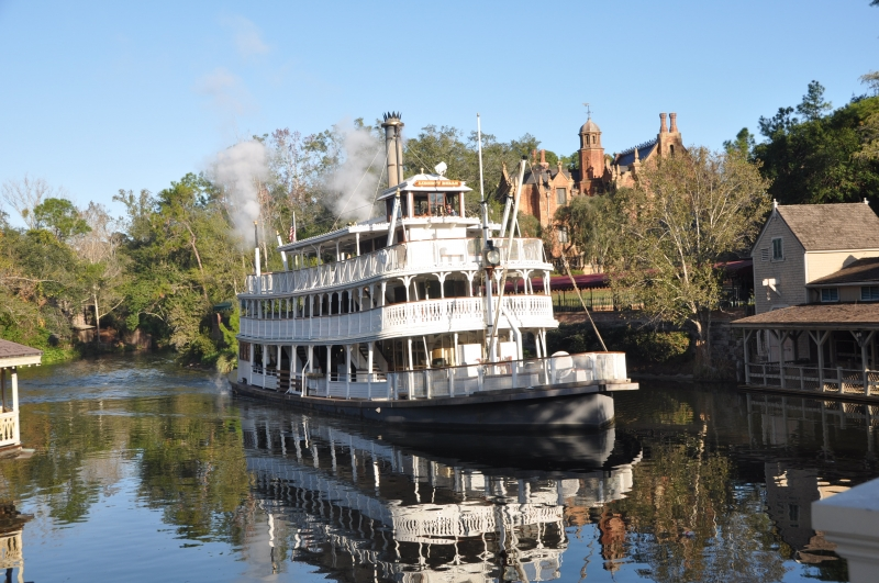 Magic Kingdom River Steamboat