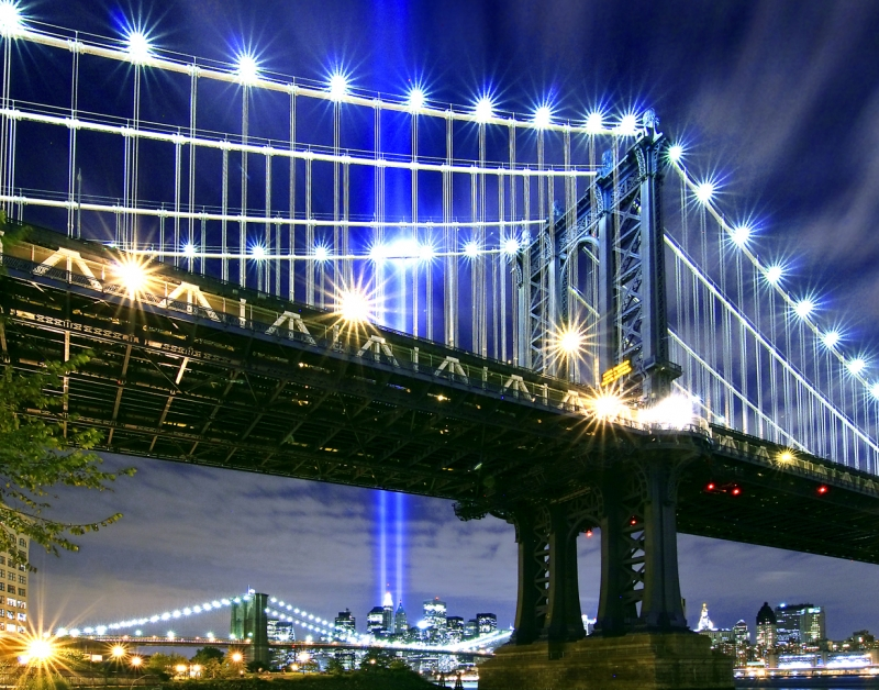 Manhattan Bridge N Lights