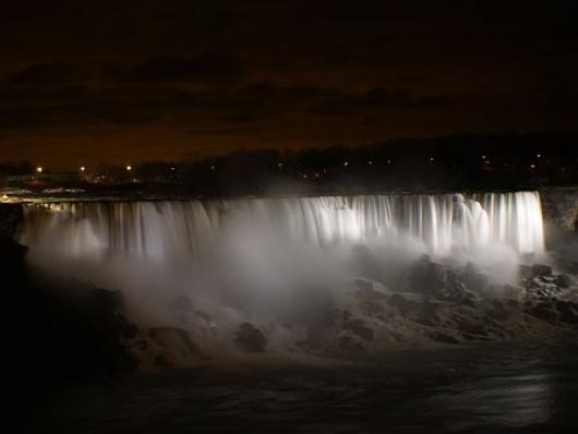 Niagara Falls In White Light