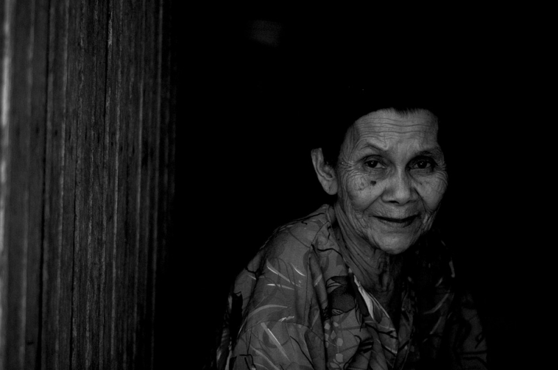 Old Woman Bw