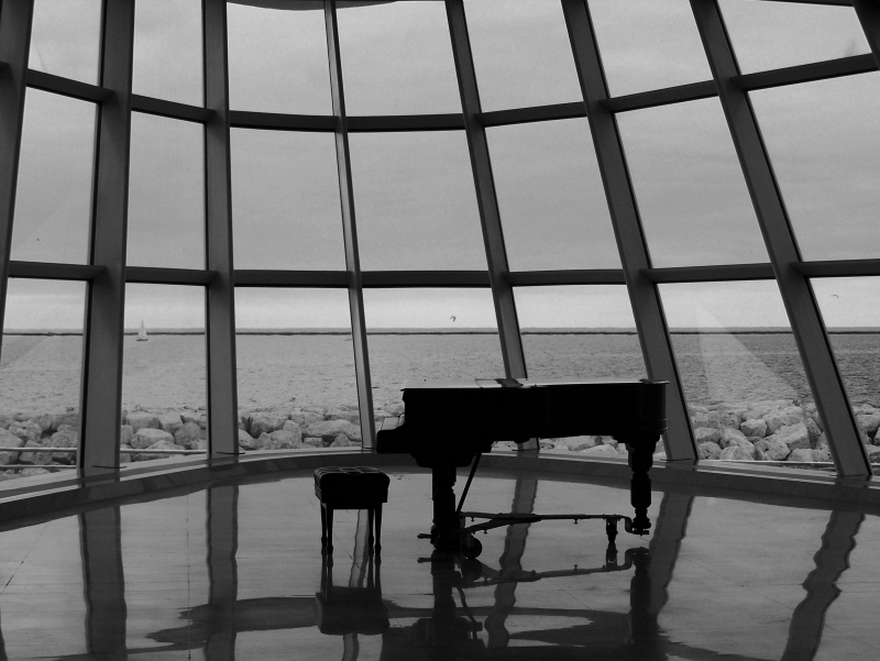 Piano On The Bay