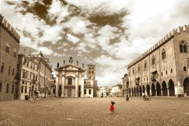 Red Dress In Mantova