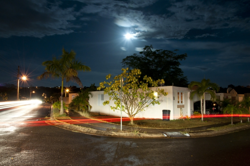 Villa De La Pradera With Bright Moon