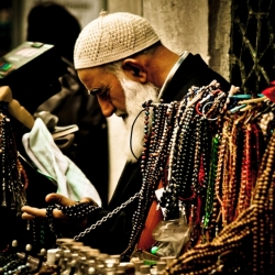 The Bead Prayer Man, Istanbul
