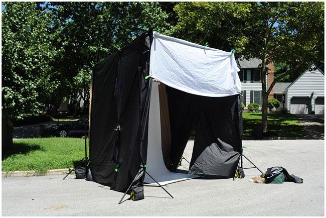 An Inexpensive And Portable Daylight Studio
