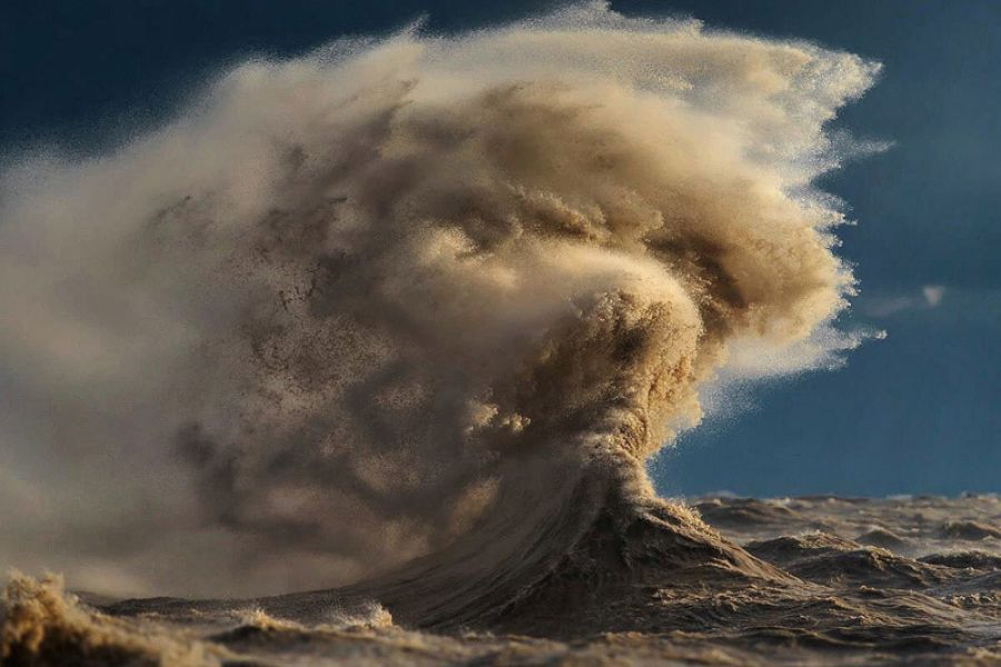 Beautiful Landscape Photographs… Of Waves!