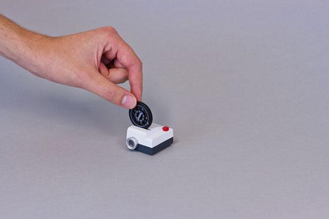 Projecteo, The Tiny Instagram Projector